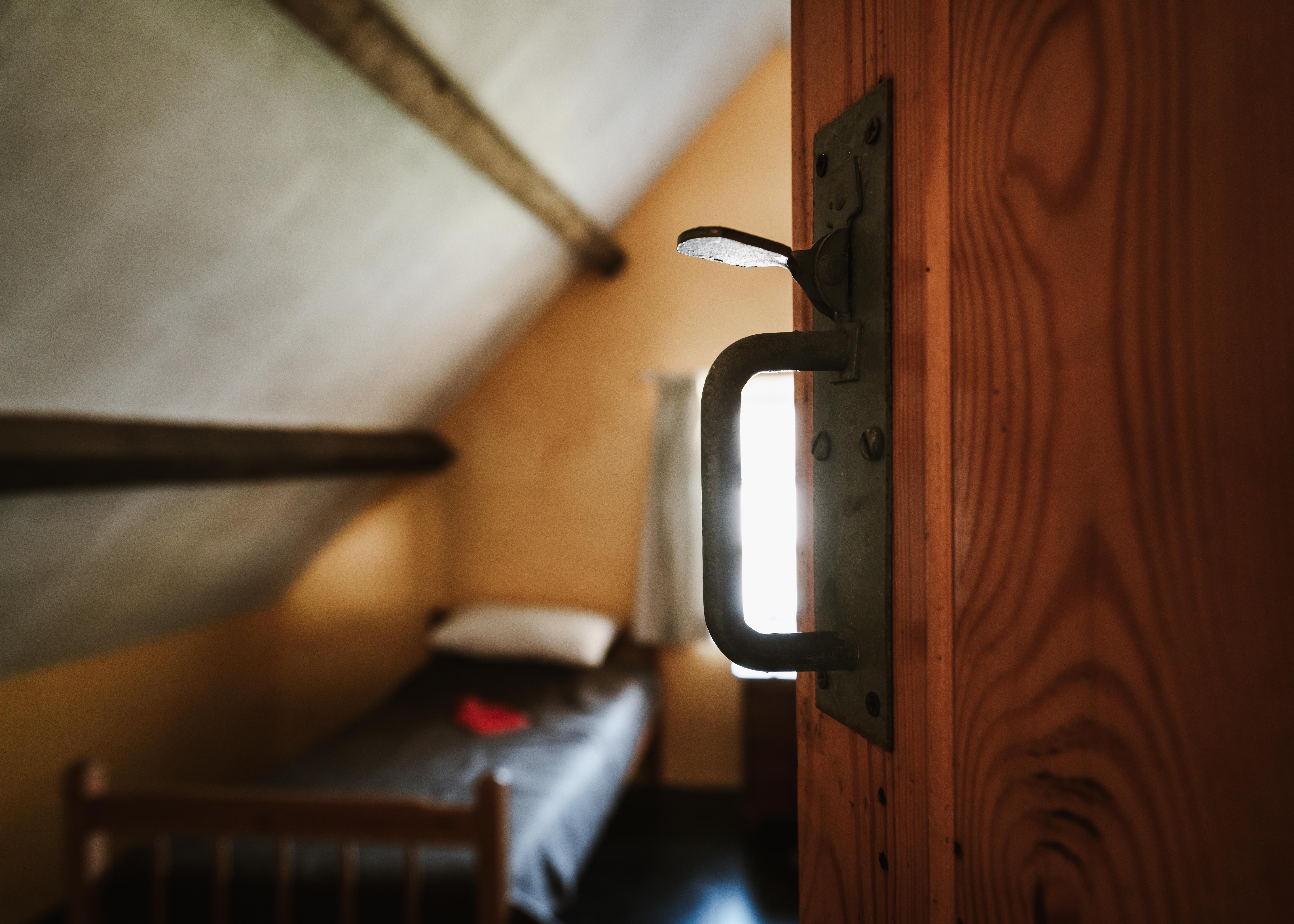Ystafell wely / bedroom Llofft Plas