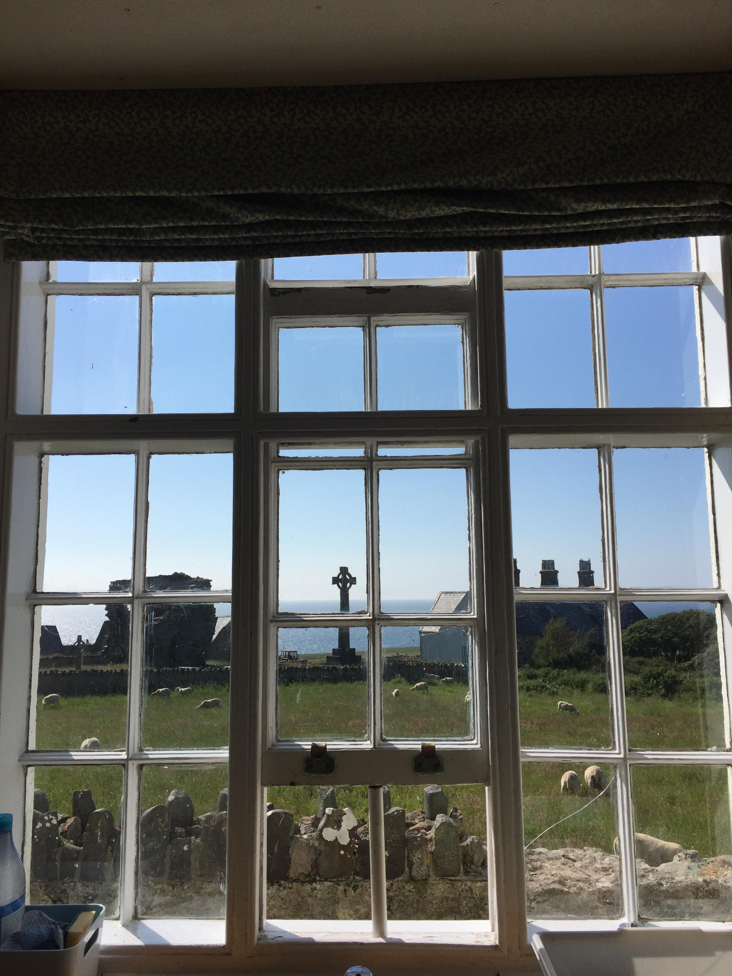 Golygfa y gegin | Kitchen view