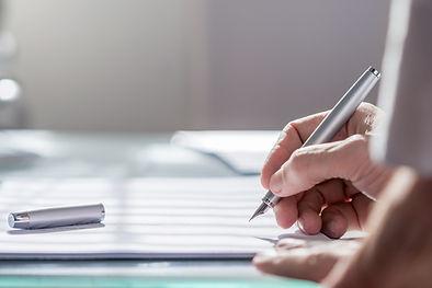 Dokument mit Stift
