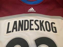 2019-2020Landeskog92Name Plate