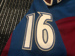 2016-2017Zadorov16Left Arm Numbers