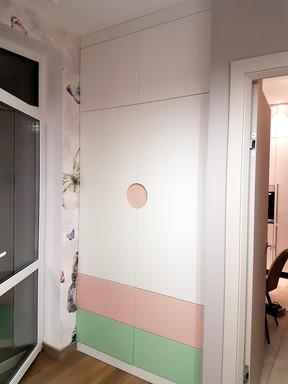 Шкаф для девочек.