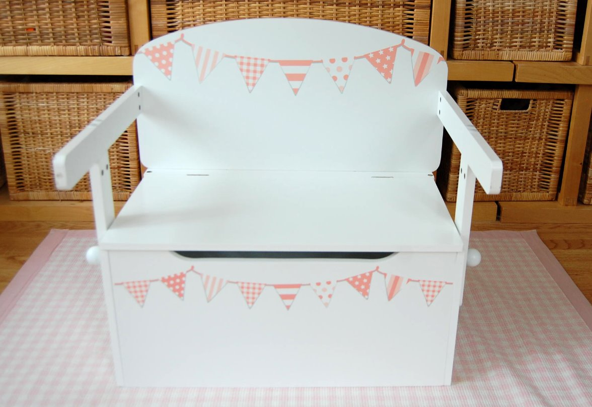 Peachy pink bunting