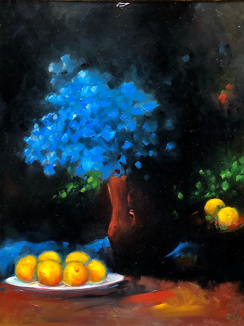 'Blue Petals and Peaches