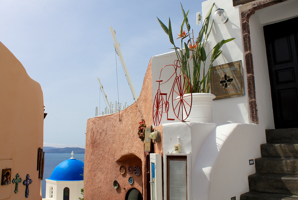 Red Bicycle, Oia