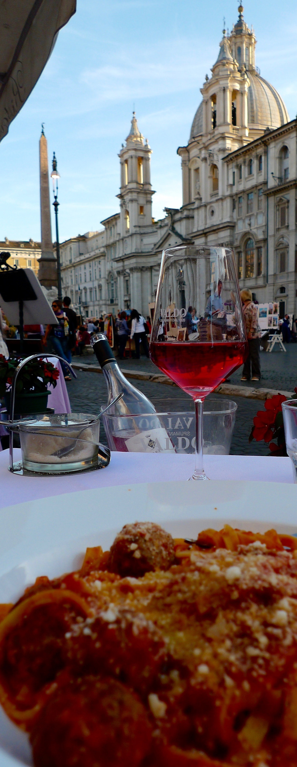 Late Lunch in Piazza Navona