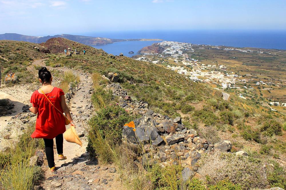 A Walk Into Oia, Santorini