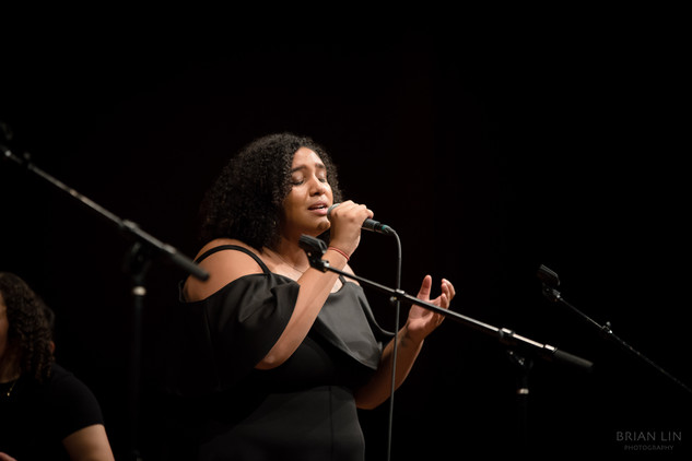 Desirae Nelson performing No Peace by Sam Smith and YEBBA at the 2019 Winter Concert: 58 Miis
