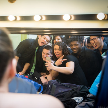 Greenies take a mirror selfie before the concert (Winter 2019)