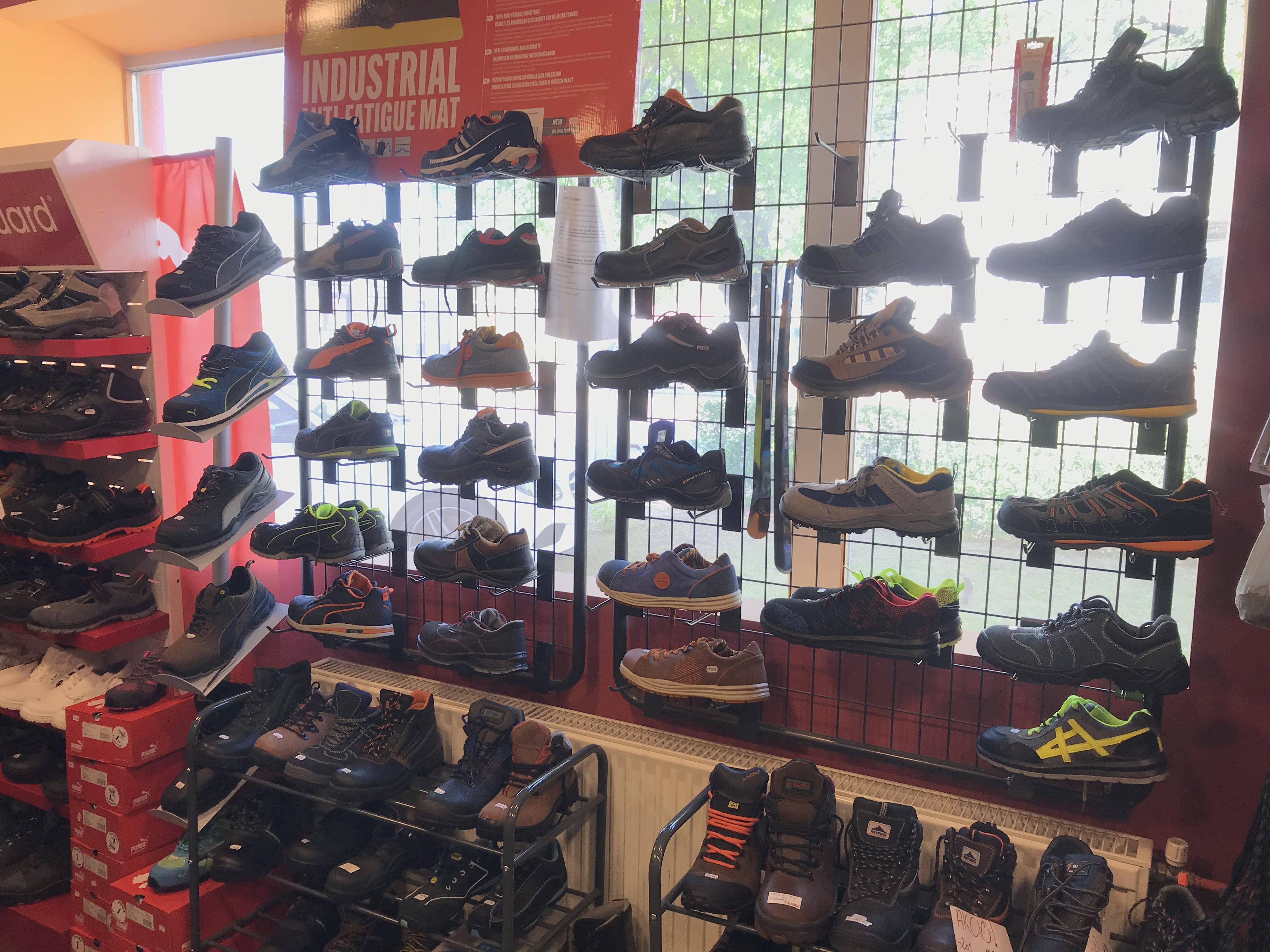 munkavédelmi cipők