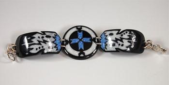 Medicine Wheel with Feathers Link Bracelet
