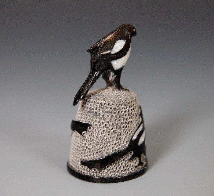 Magpie Thimble