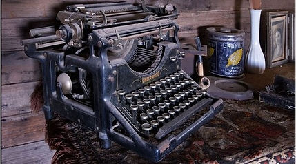 Underwood-Typewriter.jpg