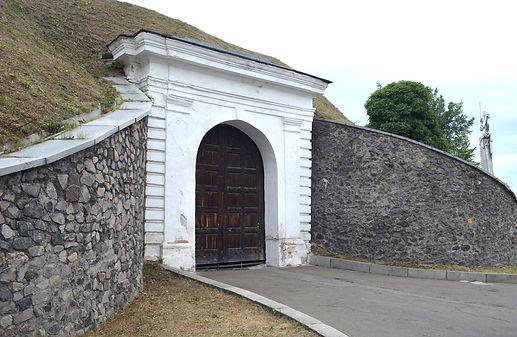 НижняМосковська брама  Печерської фортеці