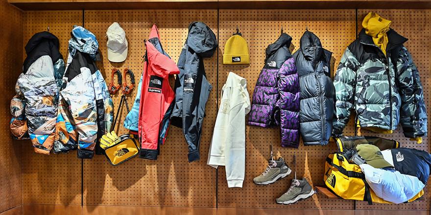 穿上 THE NORTH FACE  ICON 系列服飾,進行一場「探尋冬日經典」之旅