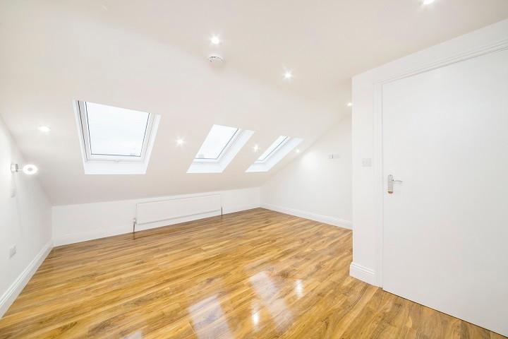 Loft Conversion Double Room With En-suite