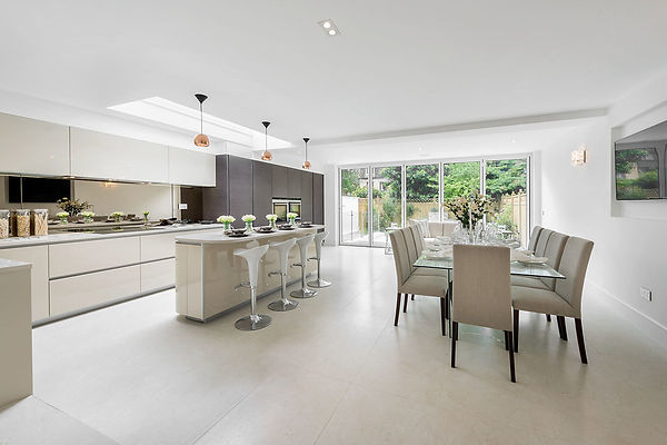 House Extensions Builders in Winchmore Hill