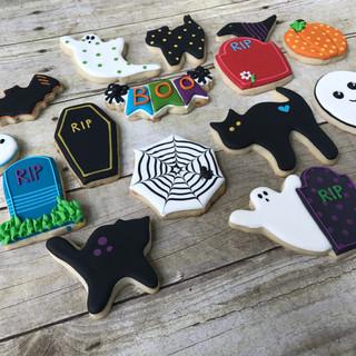 2017 Halloween Decorated Cookies