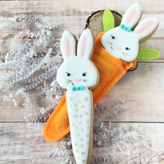 Rabbit in a Carrot Decorated Cookies