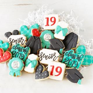 2019 Graduation Minis | Simply Renee Sweets