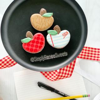 Back to School Cookies 2021 Small Apple Trio.JPG