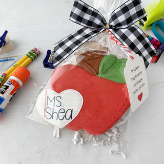 Personalized Teacher Apple | Simply Renee Sweets