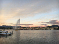 Sunset with the Jet d'Eau in Geneva