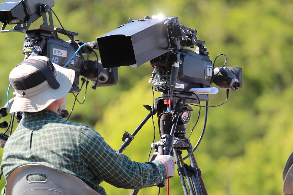 映像制作において「撮影」を選択すること