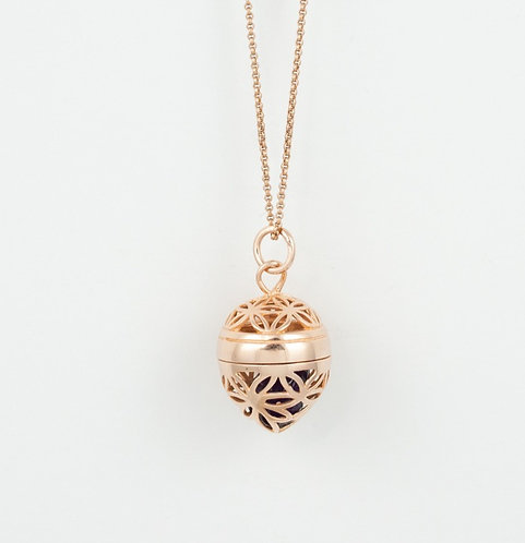 Powerful Stone Pendant, rose gold plated