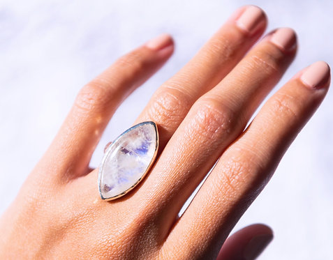 Moonstone Ring Marquise - Silver