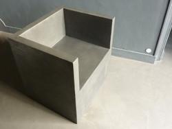 fauteuil béton ciré