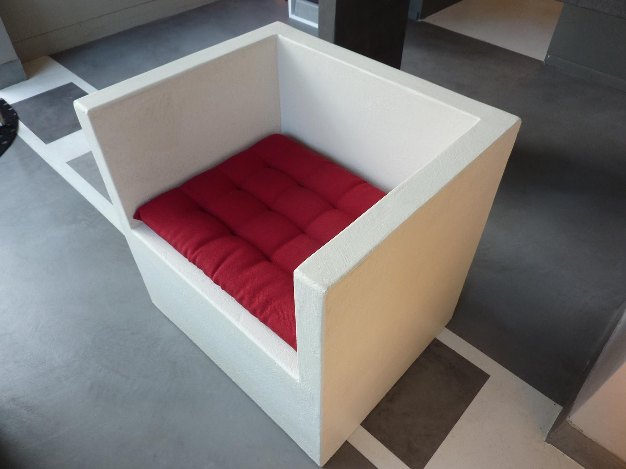 fauteuil beton cire