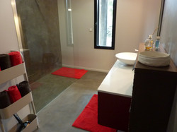 salle de bain beton ciré