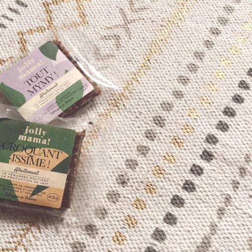 Booster sa lactation: On teste les carrés de céréales Jolly Mama!
