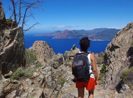 CAMPEGGIARE IN CORSICA. Intervista al viaggiatore del mese: sharing is caring!