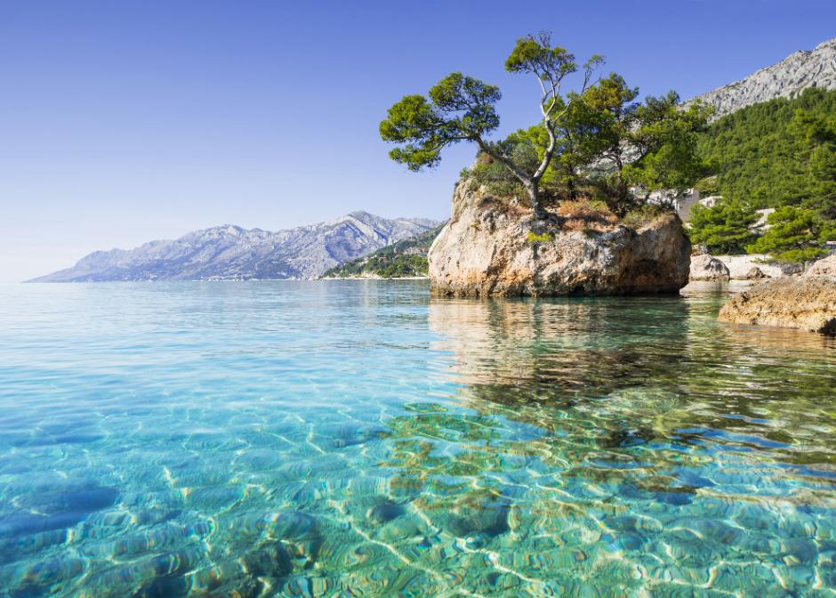 La Croazia rimane una delle destinazioni più turistiche… per ovvie ragioni.  Croazia, Balcani. Scatto preso dal web.