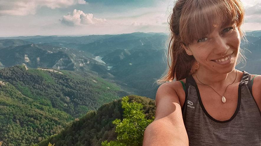 Panoramica da Punta Penna. Scorcio sulle Foreste del Casentinese e sulla diga di ridracoli durante un trek di gruppo. Sul lato destro la mia gioia immortalata!