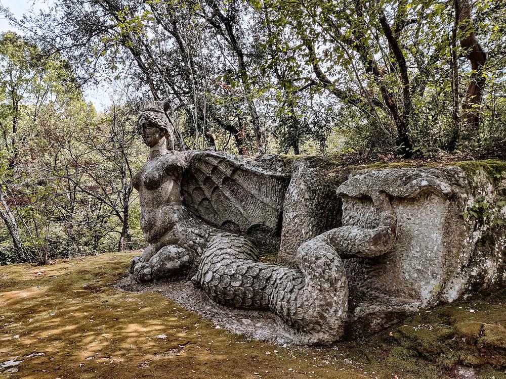 La raffigurazione di una Furia. Sacro Bosco, Viterbo.