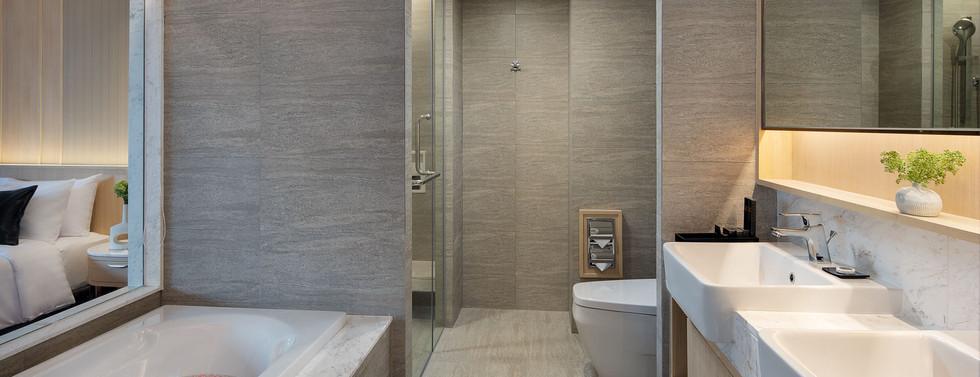 Bathtub in Executive Room