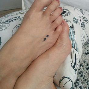 Pourquoi une photo de pieds?