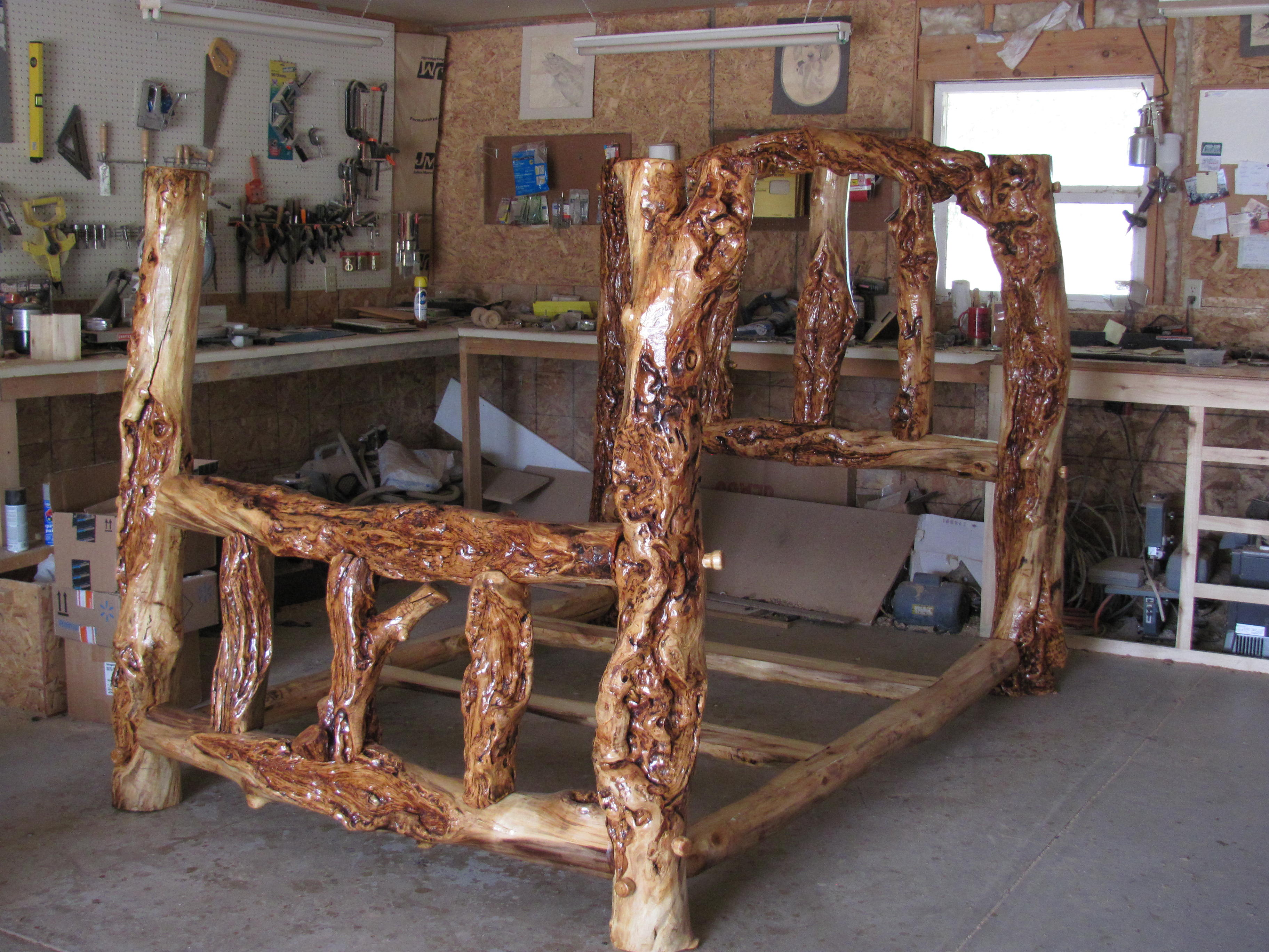 Poster Burl Bed