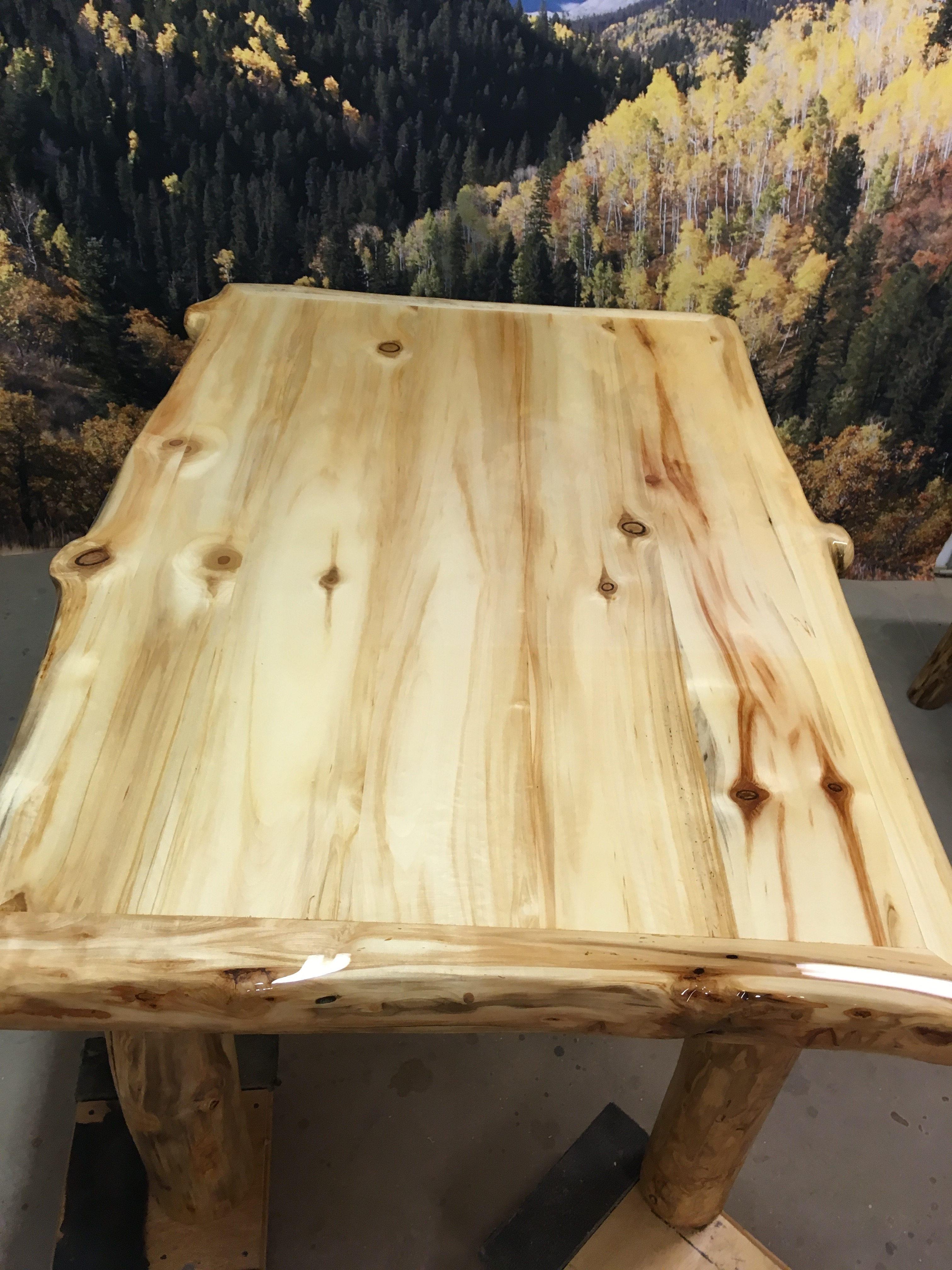 Aspen table top