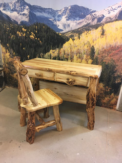 Aspen small desk