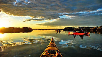 Sunset Kayaking in Stockholm Archipelago