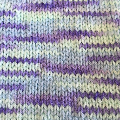 Woolly 4ply 100% Pure Baby Merino Wool Sh 196 Aqua Print