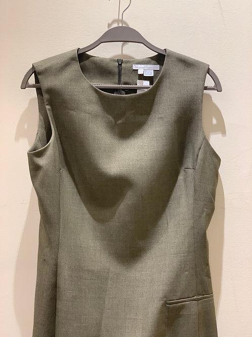 שמלה בגזרה קלאסית