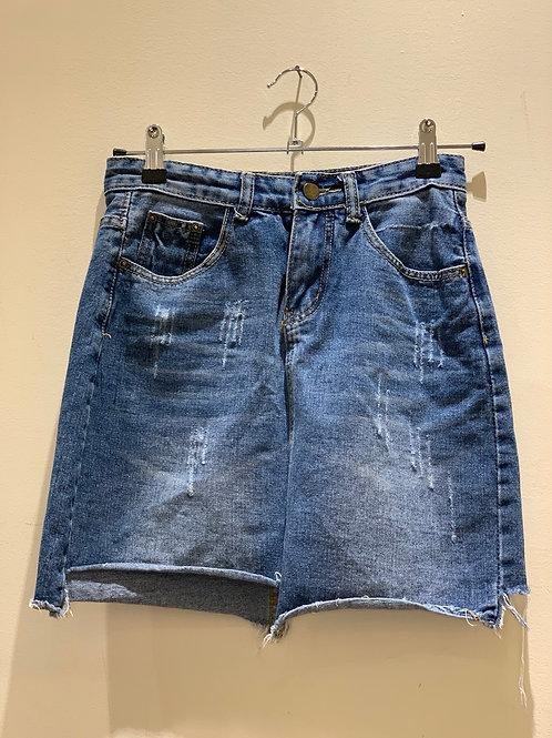 חצאית מיני ג׳ינס