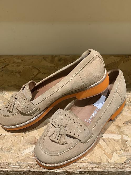 נעלי מוקסין