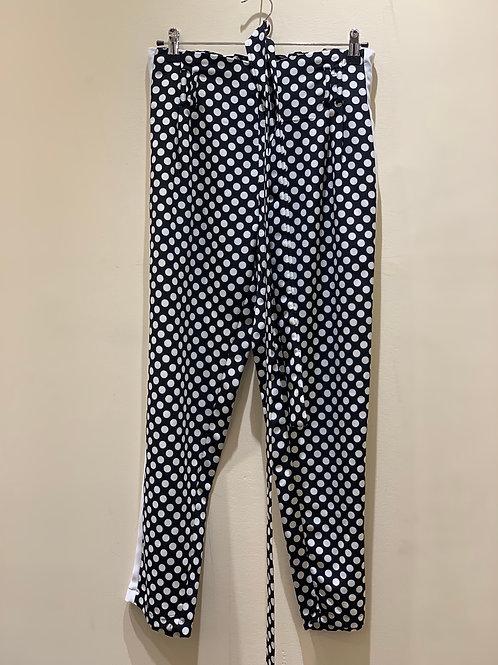 מכנסיים בהדפס אופנתי