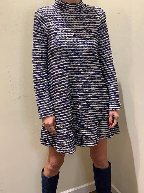 שמלה מבד סריג